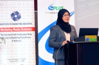 "View the album ceoTALK - ""Driving Through The Stormy Weather"" by YBhg. Dato' Noorizah Hj. Abd. Hamid, Managing Director/Chief Executive Officer of PLUS Malaysia Berhad; 16 April 2014 @ Persada PLUS, Petaling Jaya"